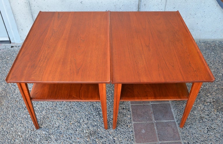 Mid-20th Century Pair of Finn Juhl Solid Teak Side Tables with Shelves Model 535 for France & Son For Sale