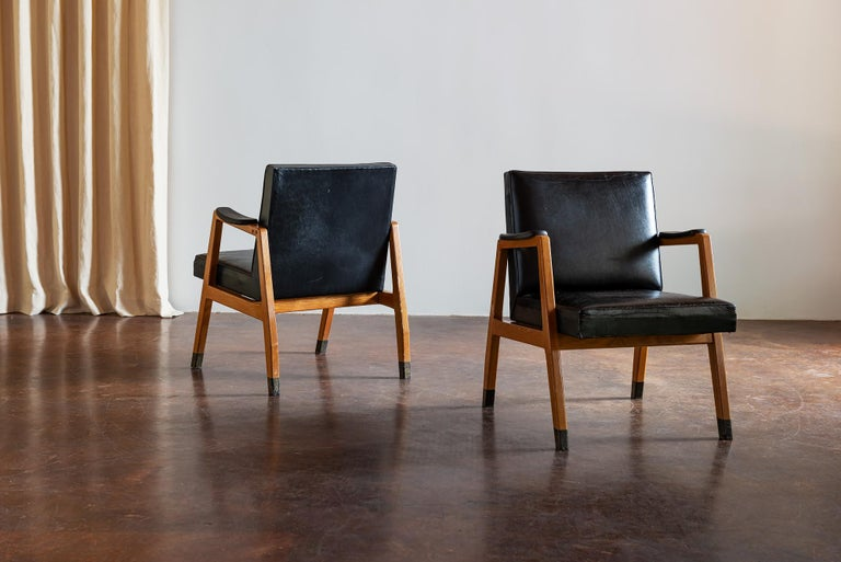 Mid-20th Century Pair of Finnish Armchairs by Lasse Ollinkari and Arne Ervi, 1940s For Sale