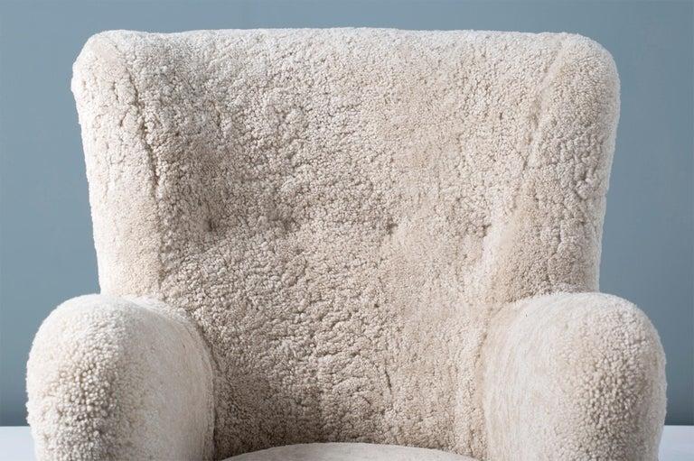 Scandinavian Modern Pair of Flemming Lassen Style 1940s Sheepskin Armchairs For Sale