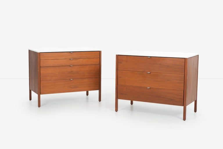 Pair of Florence Knoll 4-Drawer Dressers For Sale 1