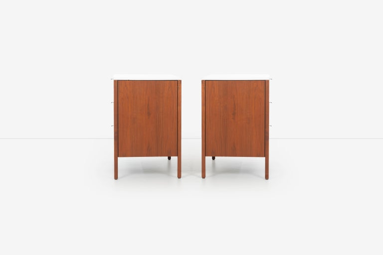 Pair of Florence Knoll 4-Drawer Dressers For Sale 2