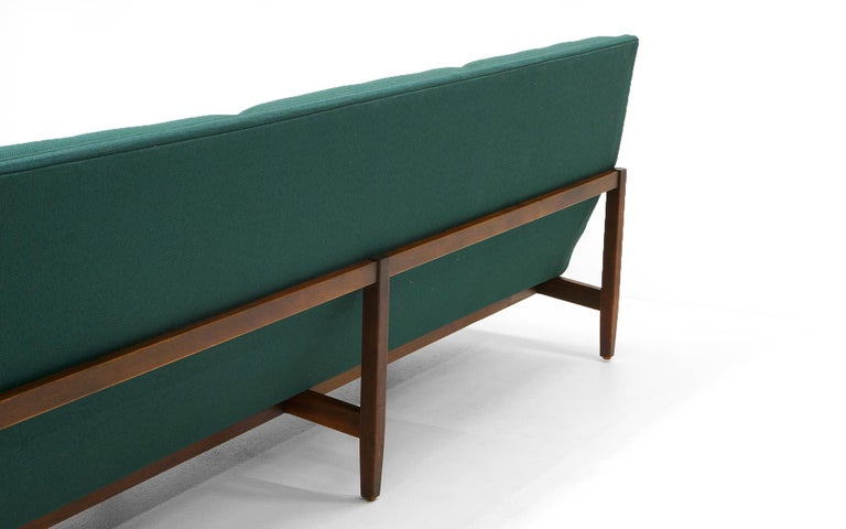 Pair of Florence Knoll Armless Sofas, Walnut Frames and Original Green Fabric For Sale 1