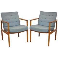 Pair of Florence Knoll International Mid-Century Modern Lounge Armchairs