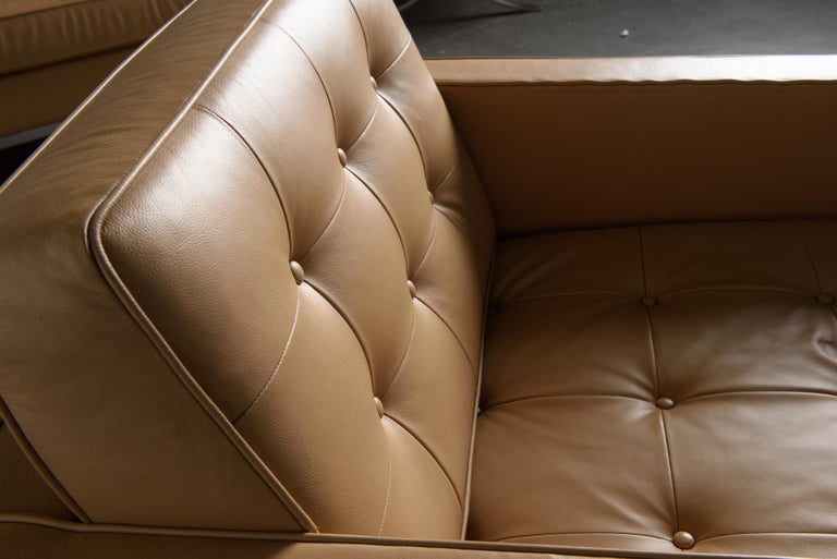Pair of Florence Knoll Leather Lounge Chairs for Knoll Studio, Signed  For Sale 7