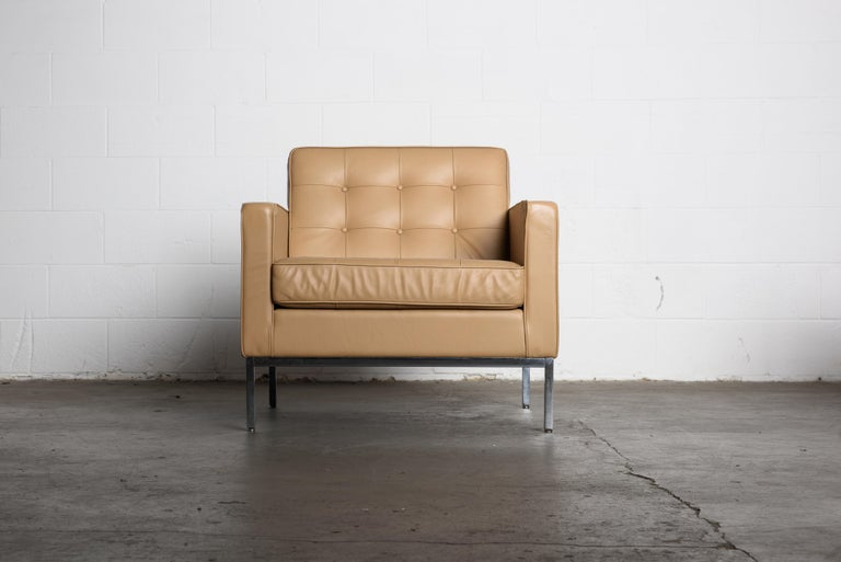 American Pair of Florence Knoll Leather Lounge Chairs for Knoll Studio, Signed  For Sale