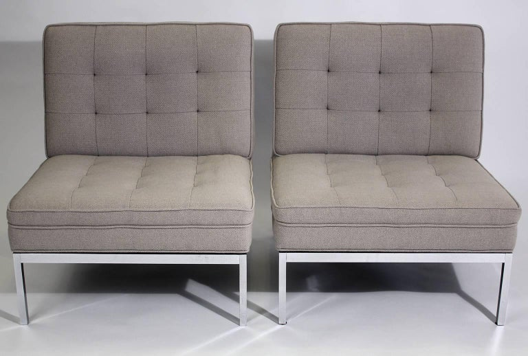 Pair of Florence Knoll Living Room Model 65 Chrome Lounge Chairs In Excellent Condition For Sale In San Diego, CA