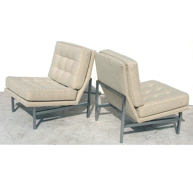 Mid-Century Modern Pair of 1950s Midcentury Florence Knoll Lounge Chairs For Sale