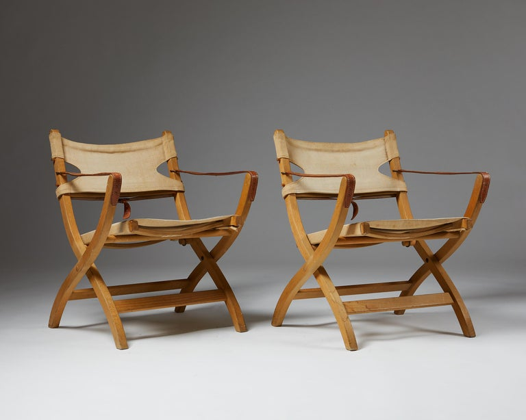 Danish Pair of Folding Chairs Designed by Poul Hundevad for Vamdrup For Sale