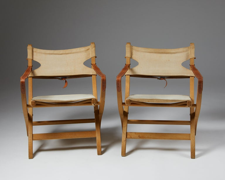 Pair of Folding Chairs Designed by Poul Hundevad for Vamdrup In Good Condition For Sale In Stockholm, SE
