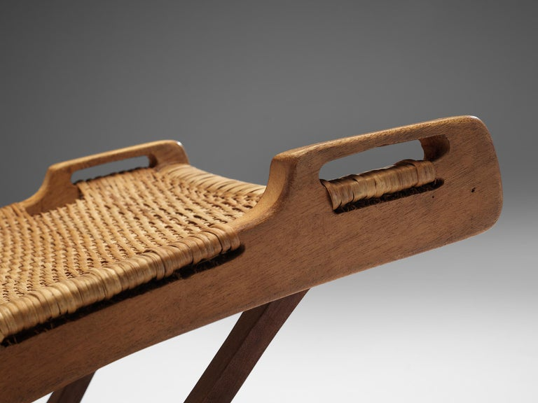 Pair of Folding Chairs in Wicker and Wood 4