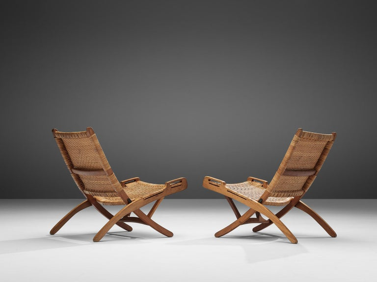 Danish Pair of Folding Chairs in Wicker and Wood
