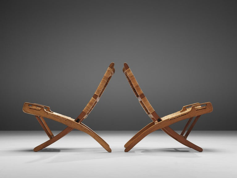 Pair of Folding Chairs in Wicker and Wood In Good Condition In Waalwijk, NL