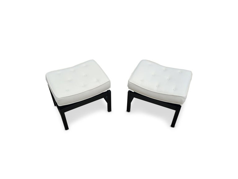 Pair of Footstools by Jens Risom In Excellent Condition For Sale In Middlesex, NJ
