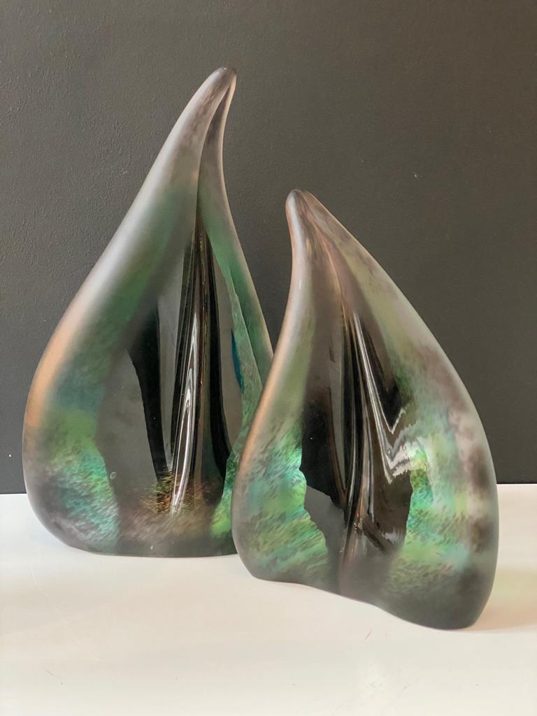 Modern Pair of Foresta Dark Green Leaf Sculpture in Murano Art Glass Style For Sale