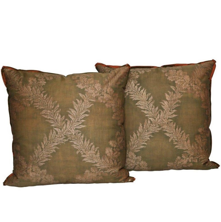 Pair of Fortuny Fabric Cushions in the Crosini Pattern For Sale