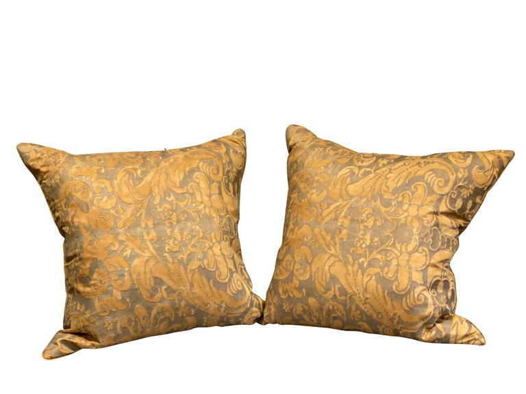 Italian Pair of Fortuny Pillows For Sale