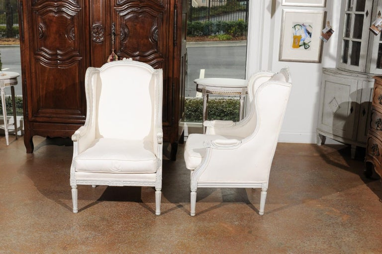 Pair of French 1890s Louis XVI Style Painted Wood Bergère Chairs with Upholstery For Sale 6
