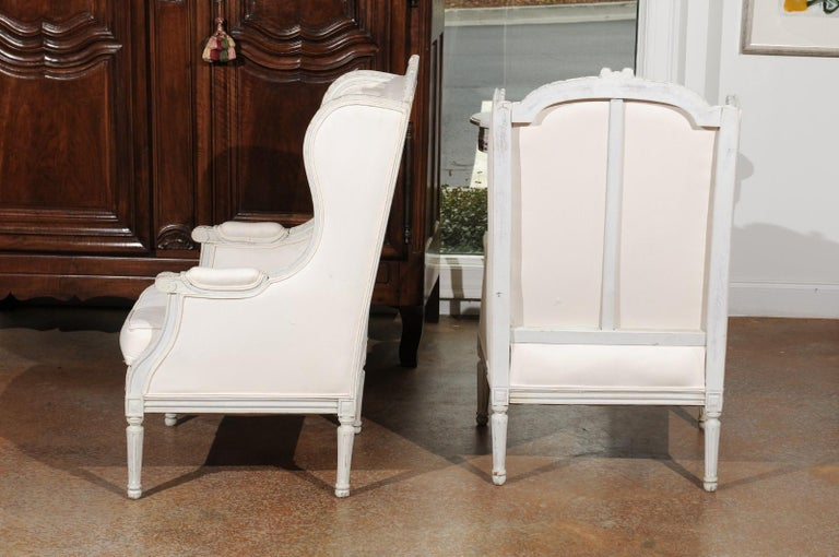 Pair of French 1890s Louis XVI Style Painted Wood Bergère Chairs with Upholstery For Sale 2