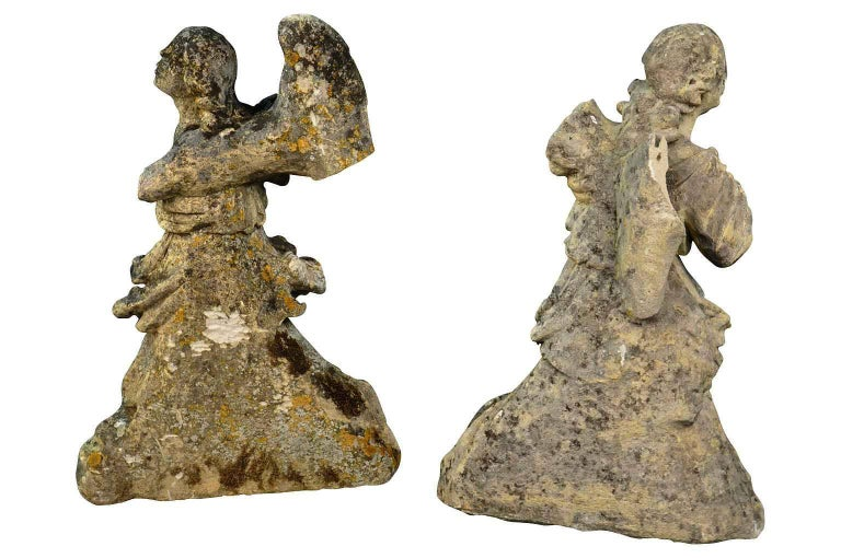 Pair of French 18th Century Stone Angels For Sale 1