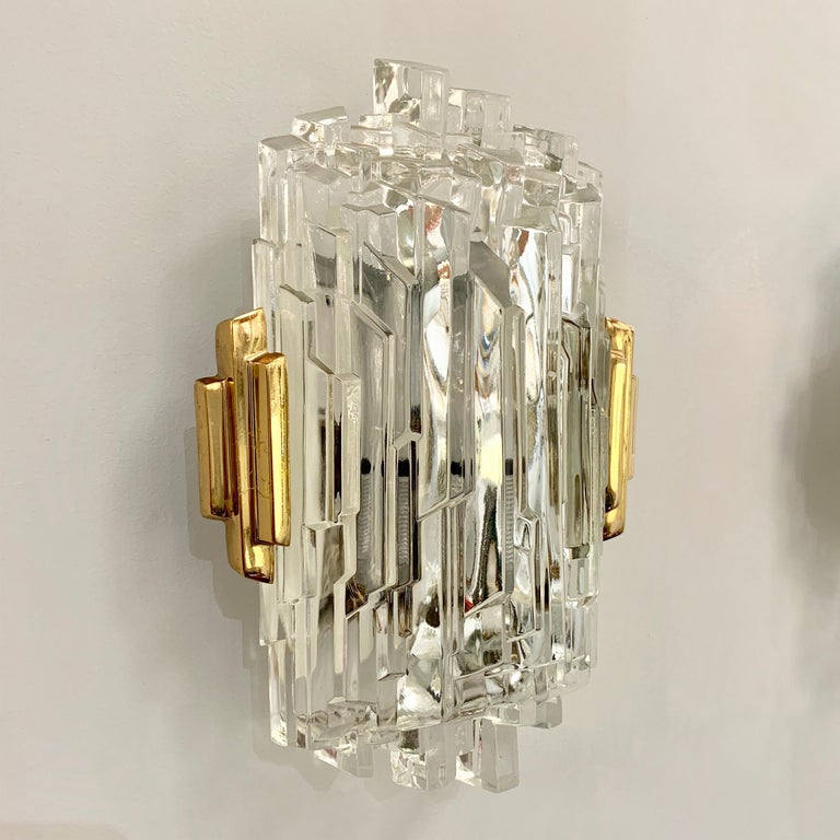 Pair of French 1970s Ice Crystal Wall Lights For Sale 2
