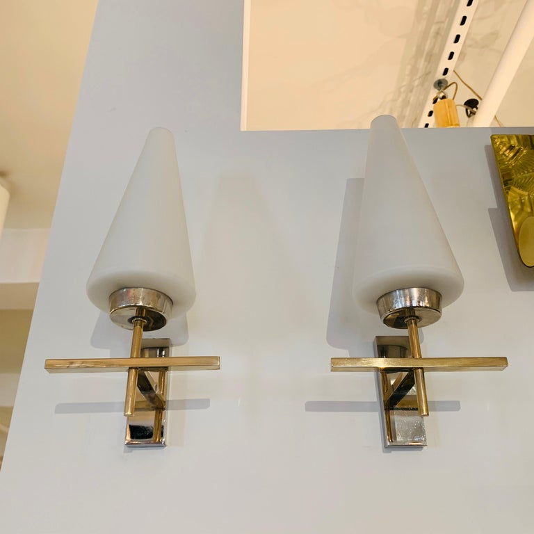 Late 20th Century Pair of French 1970s Lunel Wall Lights For Sale