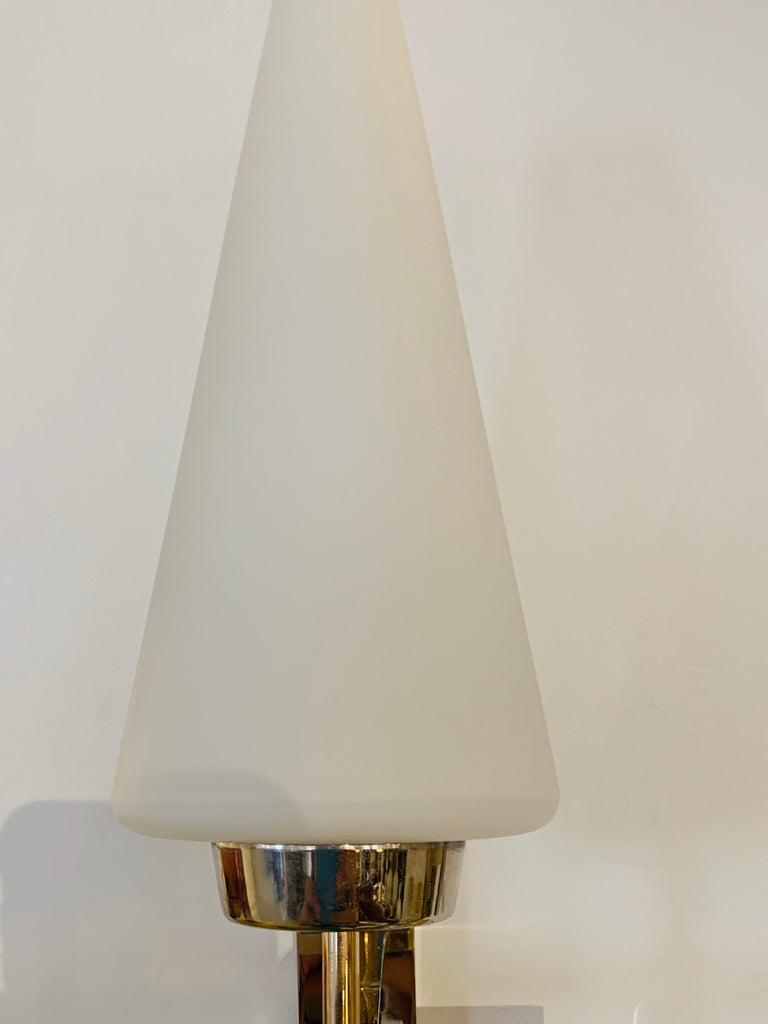 Brass Pair of French 1970s Lunel Wall Lights For Sale