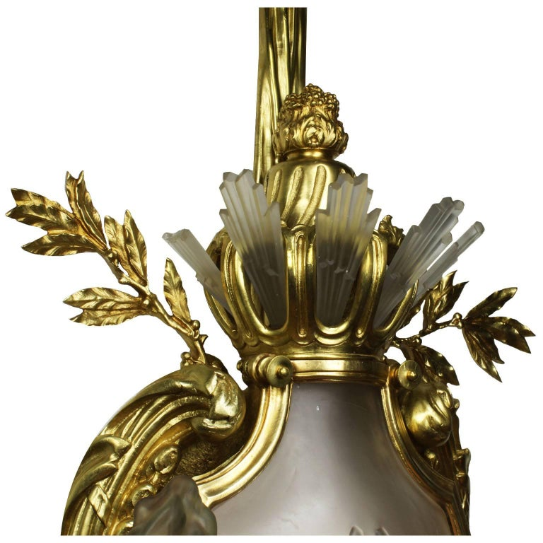 Pair of French 19th-20th Century Louis XV Style Figural Wall Lights with Lions For Sale 2
