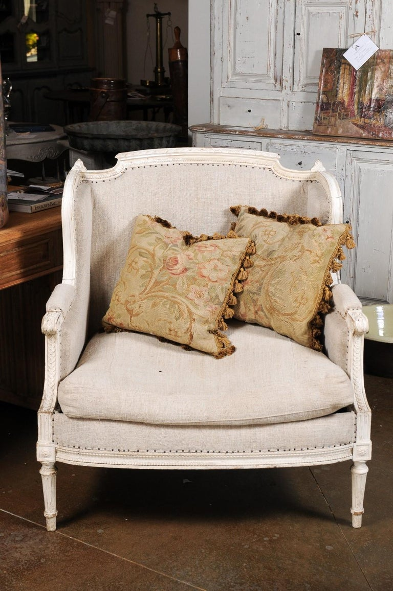 Pair of French 19th Century Aubusson Woven Tapestry Pillow with Floral Décor For Sale 9