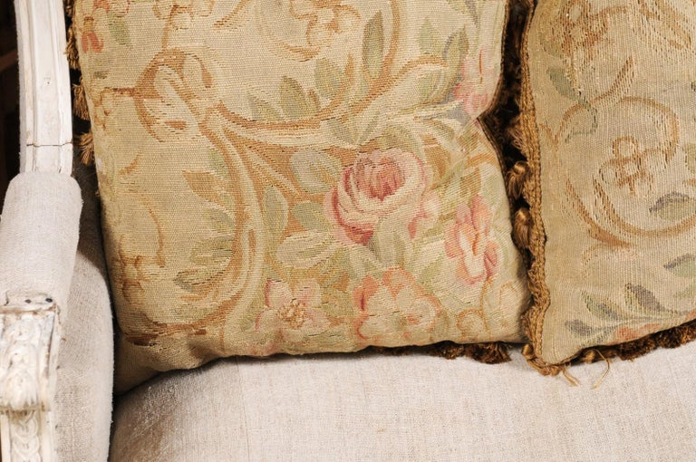 Pair of French 19th Century Aubusson Woven Tapestry Pillow with Floral Décor For Sale 3