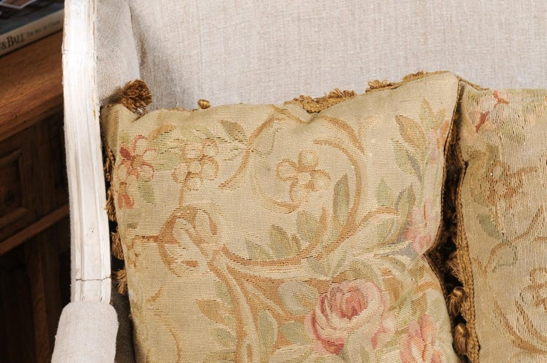 Pair of French 19th Century Aubusson Woven Tapestry Pillow with Floral Décor For Sale 4