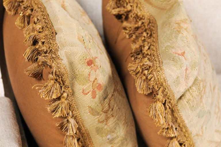 Pair of French 19th Century Aubusson Woven Tapestry Pillow with Floral Décor For Sale 6