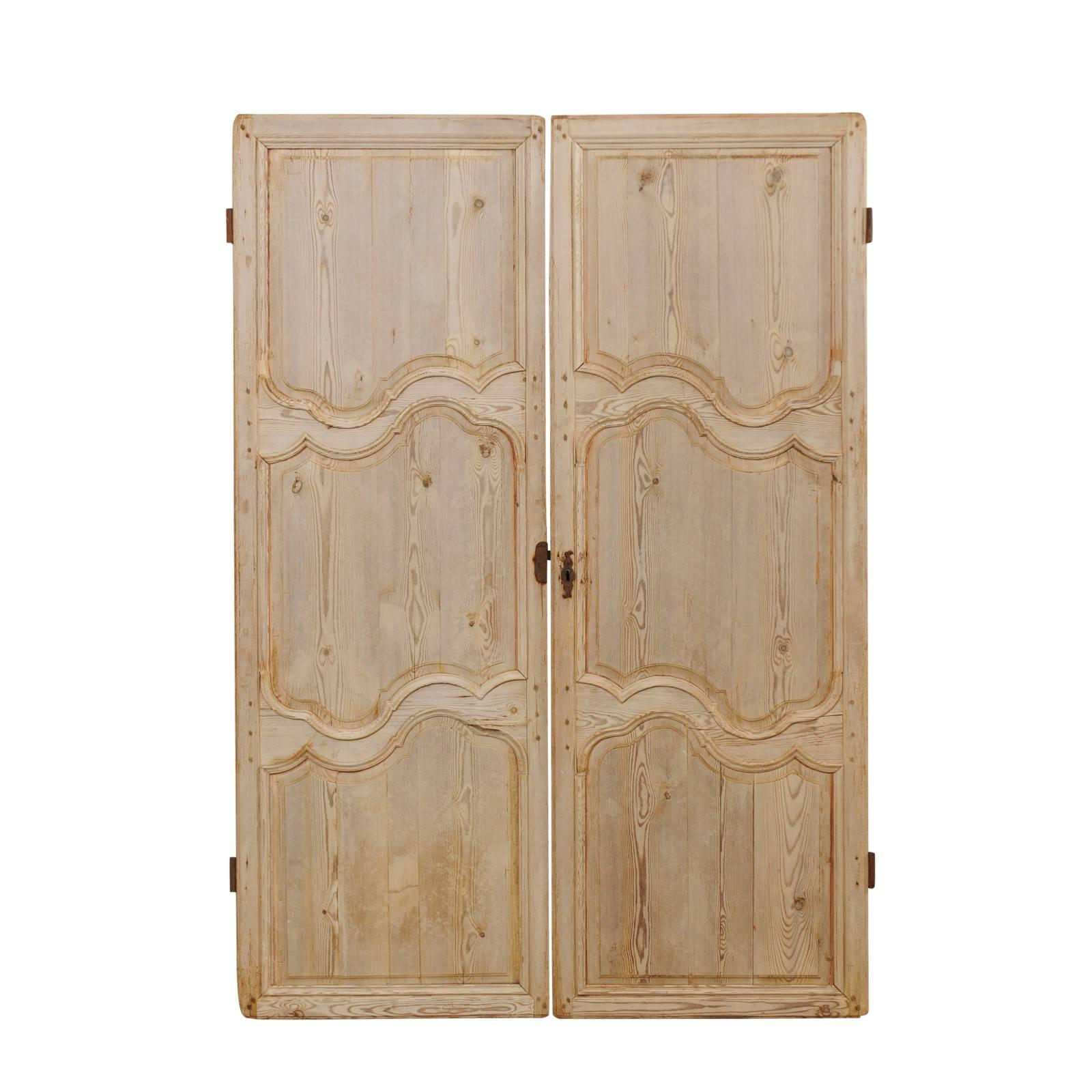 Pair of French 19th Century Bleached Wood Doors with Nice Scalloped Carvings  sc 1 st  1stDibs & Antique and Vintage Doors and Gates - 1151 For Sale at 1stdibs