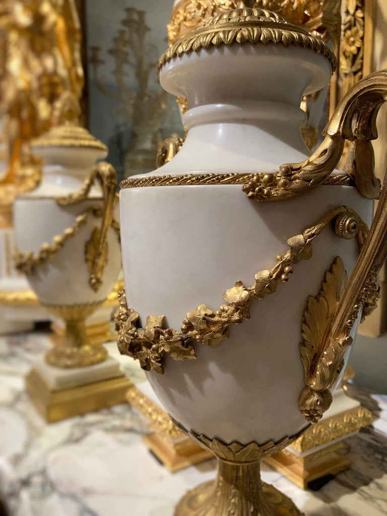 Ormolu Pair of French 19th Century Carrara Marble and Gilt Bronze Urns For Sale