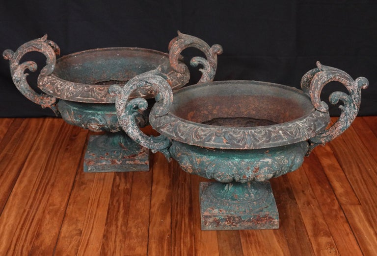 French Provincial Pair of French 19th Century Cast Iron Garden Urns with Handles For Sale