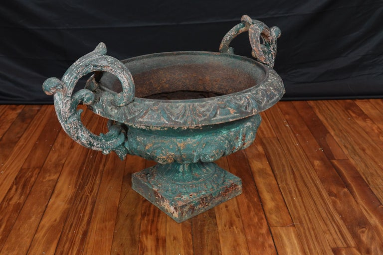 Pair of French 19th Century Cast Iron Garden Urns with Handles For Sale 3