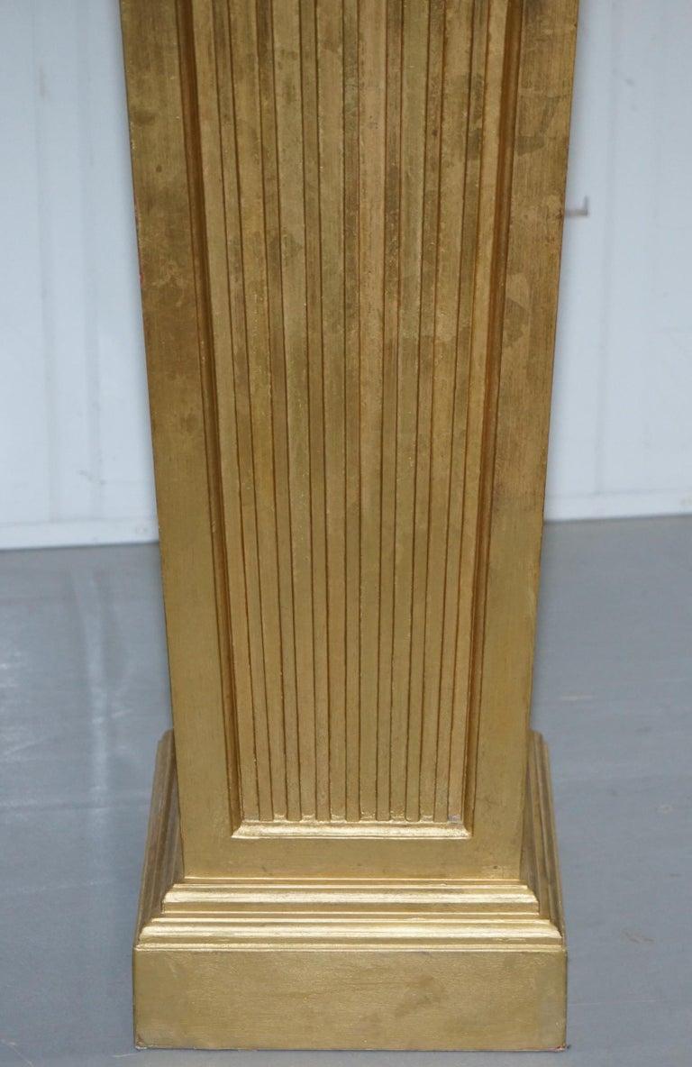 Pair of French 19th Century Giltwood Louis XVI Carrara Marble Pedestal Columns For Sale 3