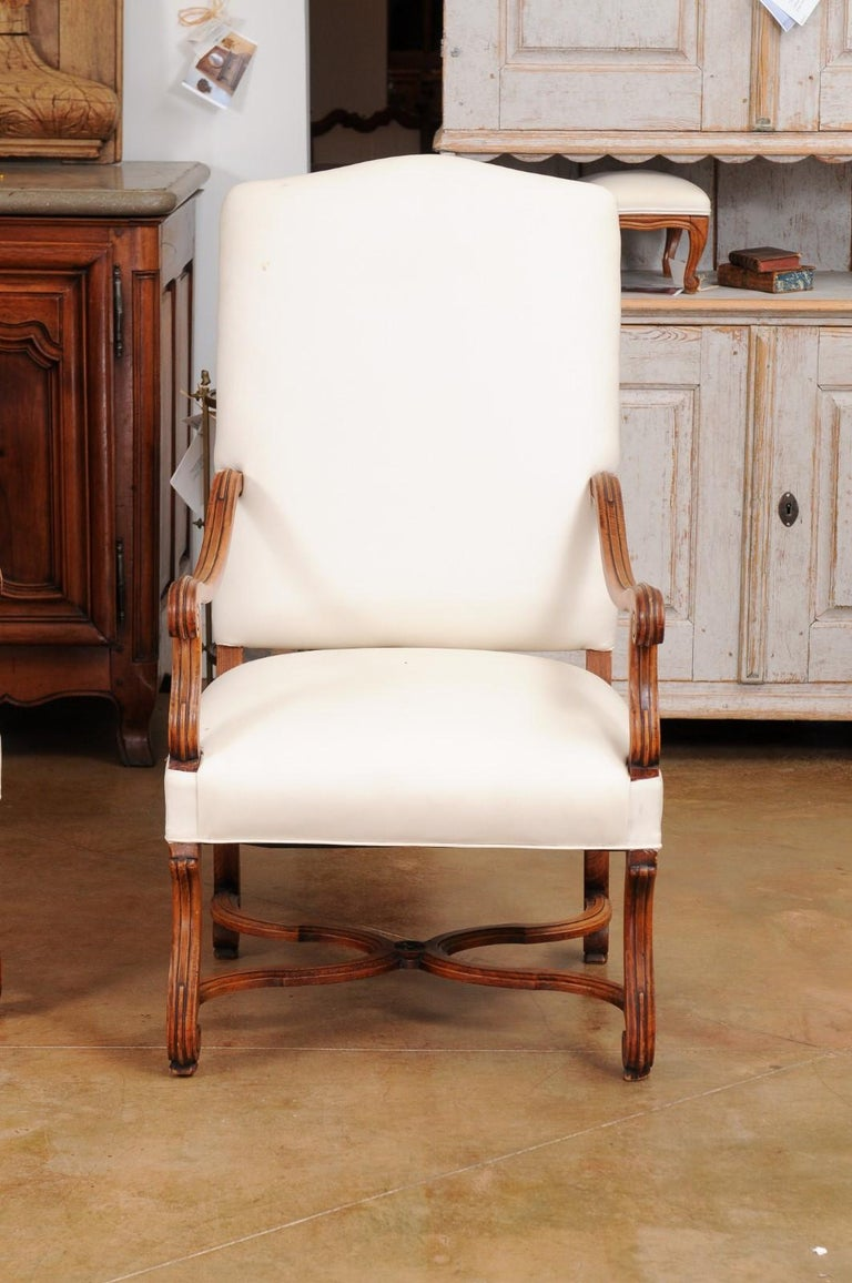 Pair of French 19th Century Louis XIV Style Walnut Fauteuils with New Upholstery In Good Condition For Sale In Atlanta, GA