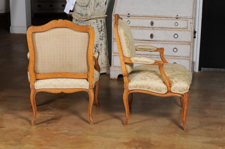 Pair of French 19th Century Louis XV Style Walnut Fauteuils with New Upholstery For Sale 6