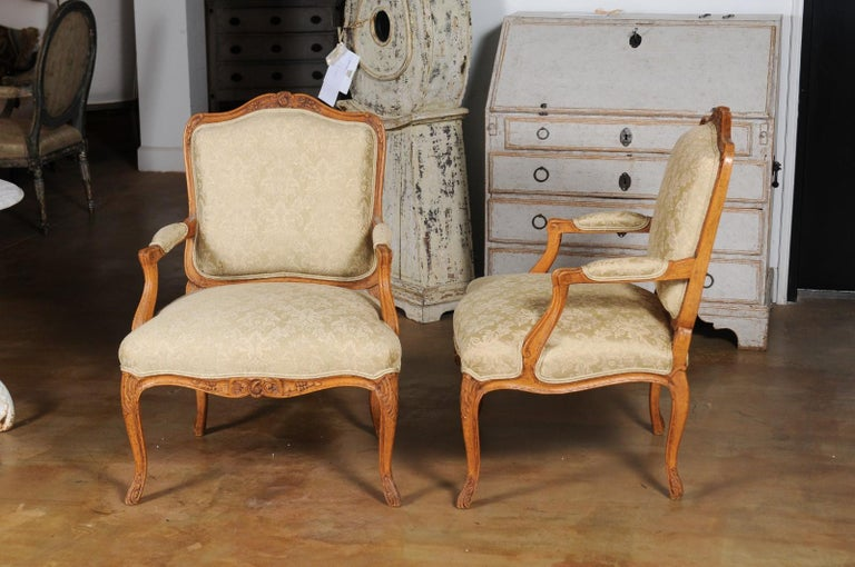Pair of French 19th Century Louis XV Style Walnut Fauteuils with New Upholstery For Sale 8
