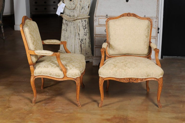 Pair of French 19th Century Louis XV Style Walnut Fauteuils with New Upholstery For Sale 3