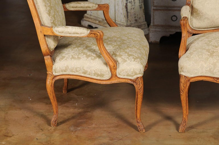 Pair of French 19th Century Louis XV Style Walnut Fauteuils with New Upholstery For Sale 5
