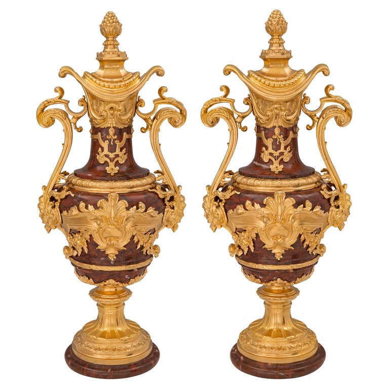 Pair of French 19th Century Louis XVI St. Belle Époque Period Urns For Sale