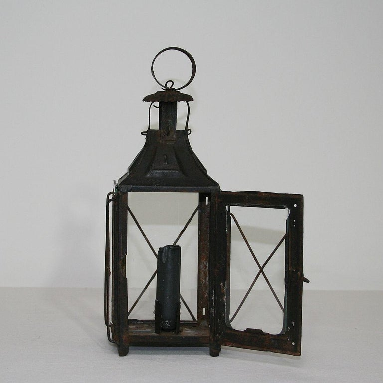 Pair of French, 19th Century Metal Lanterns For Sale 7