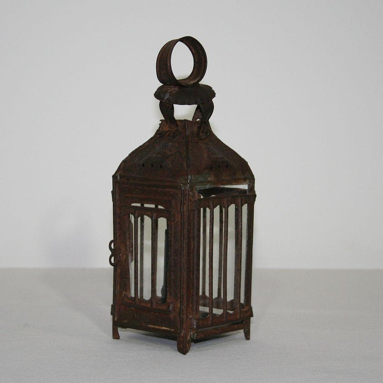 Pair of French, 19th Century Metal Lanterns For Sale 9