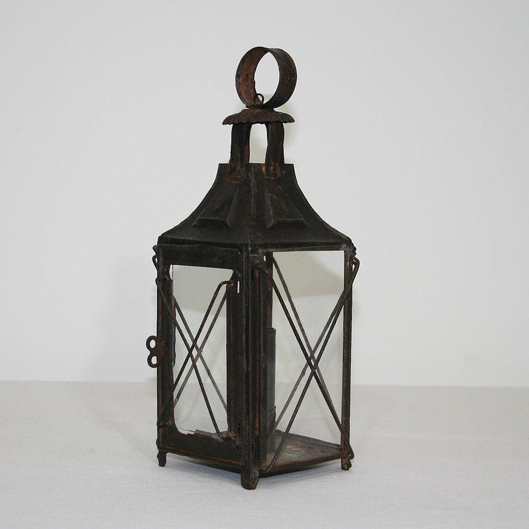 Pair of French, 19th Century Metal Lanterns For Sale 8