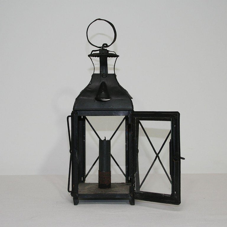 Pair of French, 19th Century Metal Lanterns In Good Condition For Sale In Amsterdam, NL