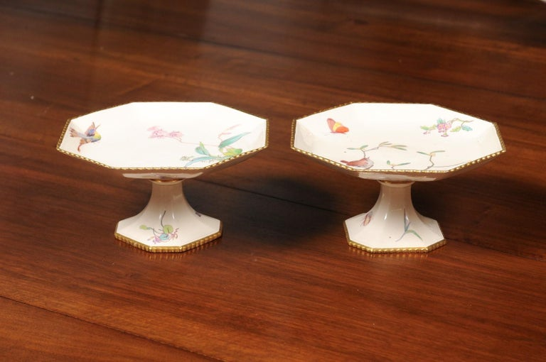 Pair of French 19th Century Porcelain Compotes with Painted Birds and Flowers For Sale 1