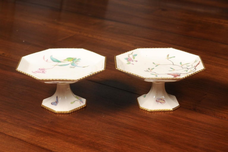 Pair of French 19th Century Porcelain Compotes with Painted Birds and Flowers For Sale 2