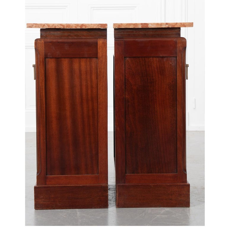 Wood Pair of French 20th Century Art Deco Bedside Cabinets For Sale