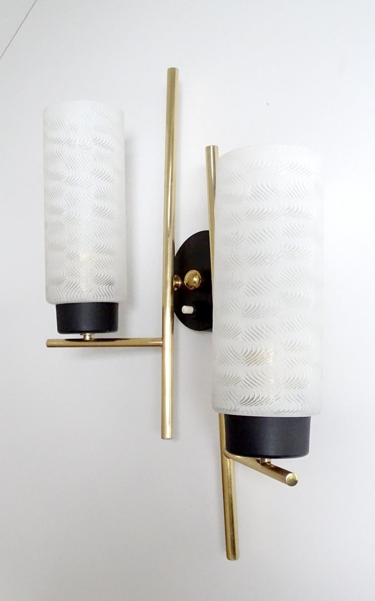 Pair of French  Midcentury Lunel Glass Brass Sconces, Stilnovo Gio Ponti Era For Sale 5
